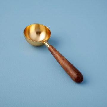 Gold & Wood Scoop
