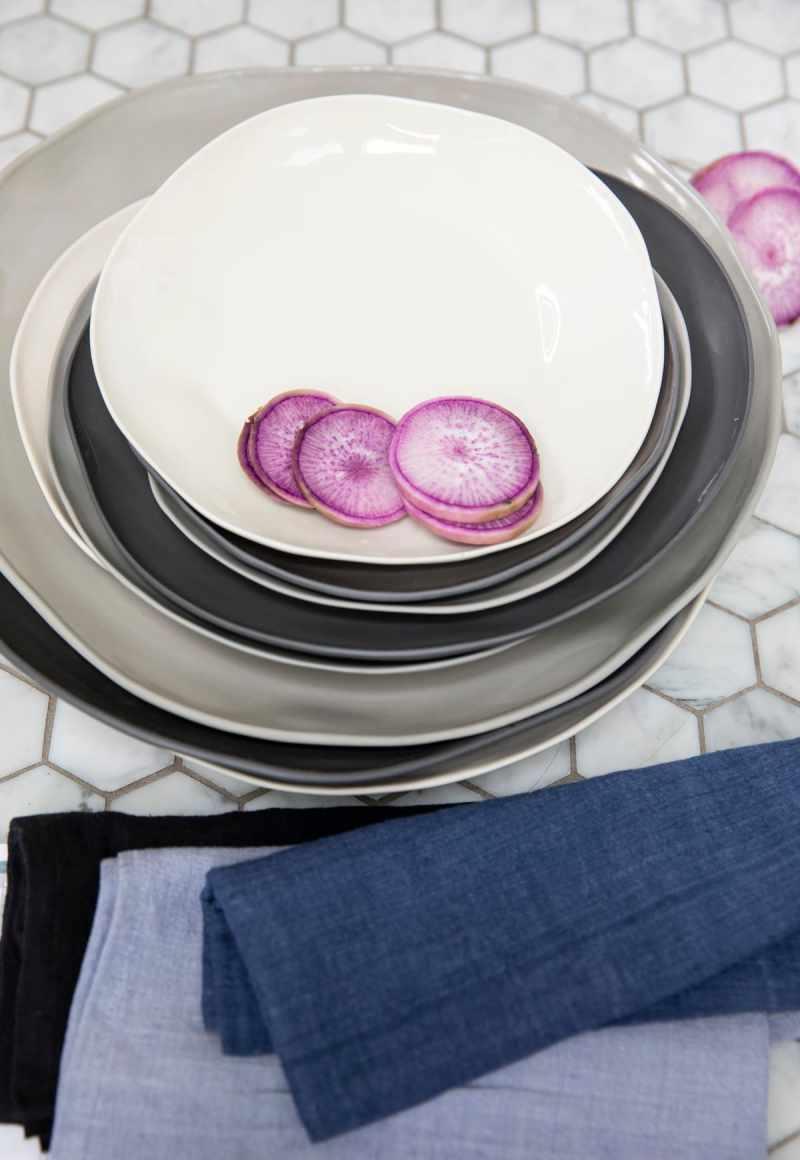 Stoneware Flat Plate Sterling Medium