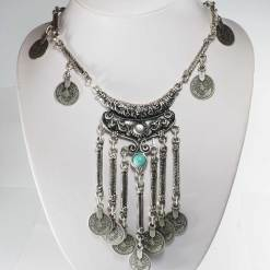 Thin Turquoise necklace