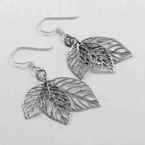 Triple leaf silver earring