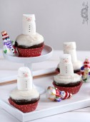 Snowmen Gingerbread Cupcakes (in Polish)