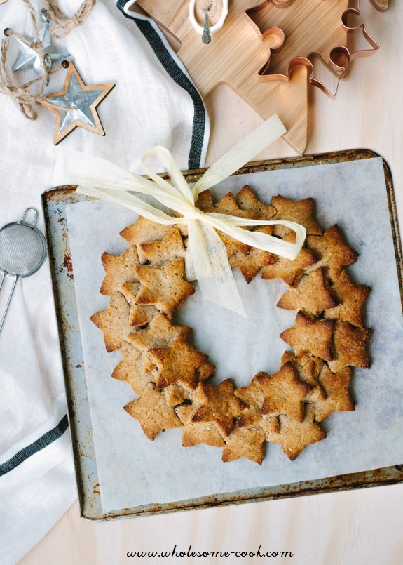 Almond Gingerbread Cookie Wreath_glutenfree Christmas