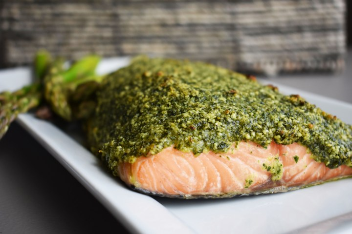 Cashew-Kale Salmon | Wholesome-joy.com | @Wholesome_Joy