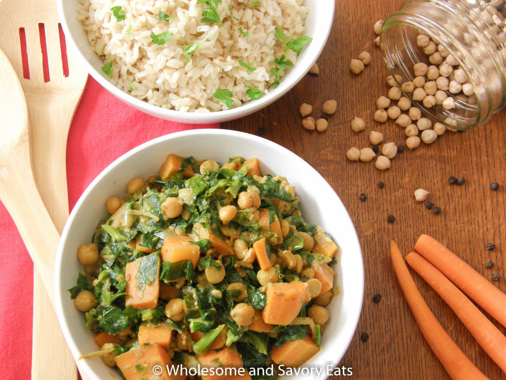 Meatless Monday: Curried Carrots, Chickpeas and Spinach with Jerra Rice