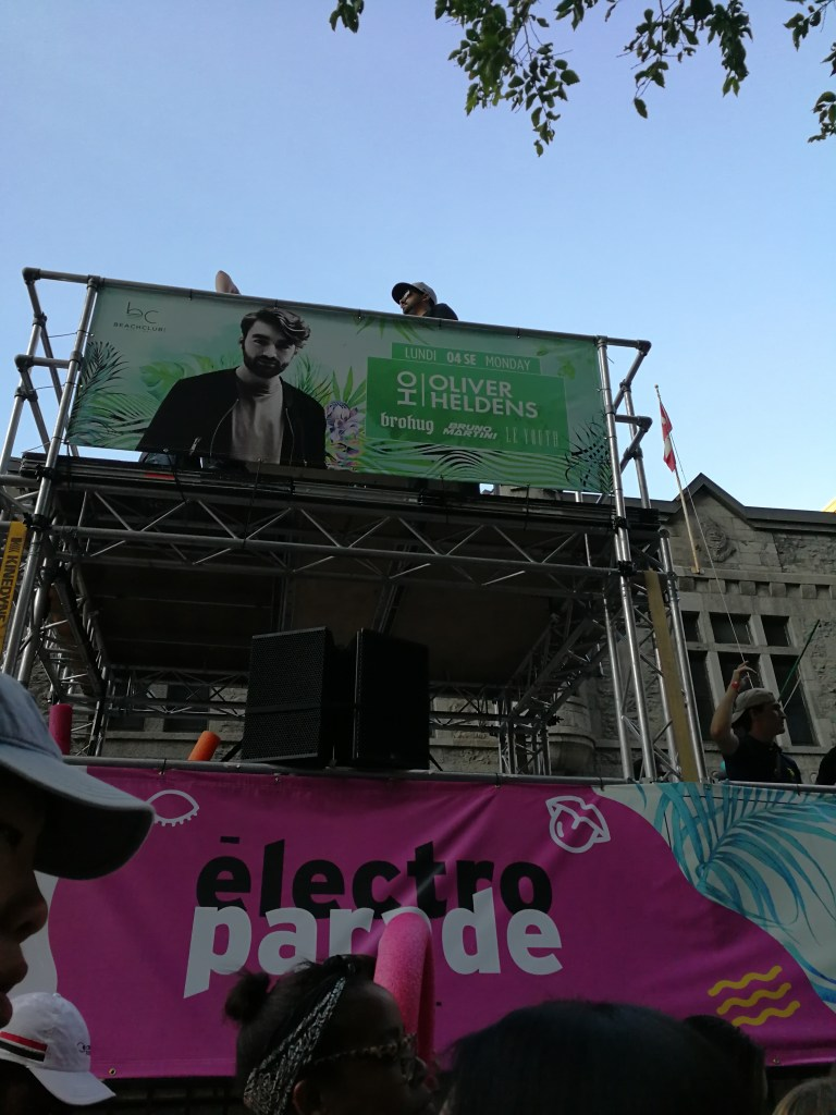 electroparade, montreal, electronic party bus, street festival