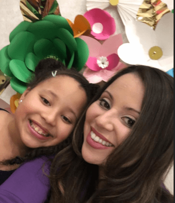 Image of Victoria Mejias and her daughter