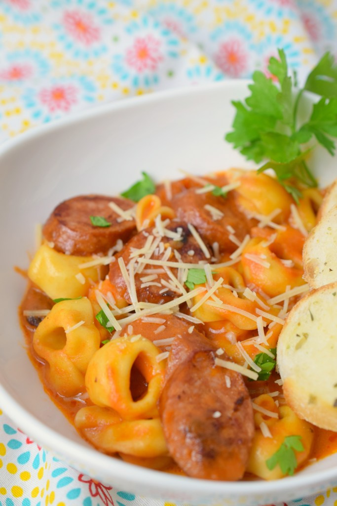 One Pan Creamy Tortellini & Sausage is an easy dinner that is done in less than 30 minutes. With simple ingredients, you'll have a new family favorite.