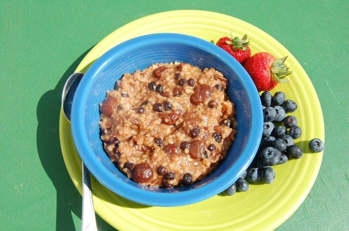 Slow Cooker Berries and Cream Oatmeal 3