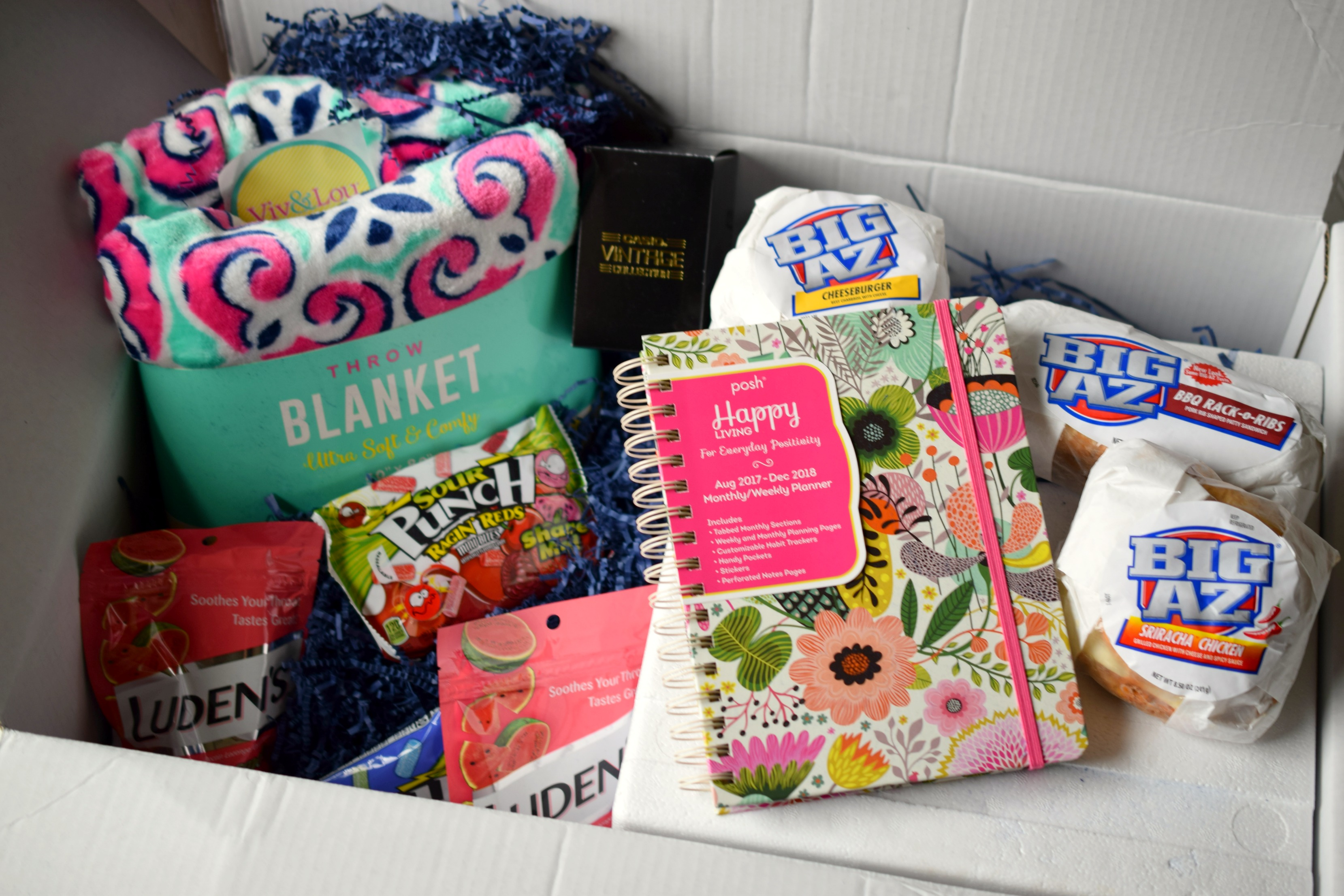 College Essentials from Babbleboxx - Who Needs A Cape?