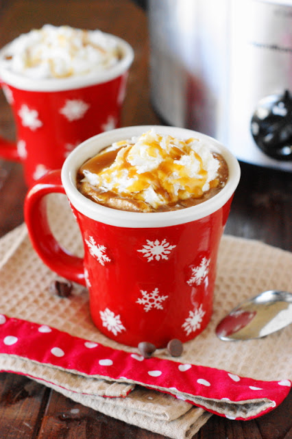 Slow-Cooker-Caramel-Hot-Chocolate 6