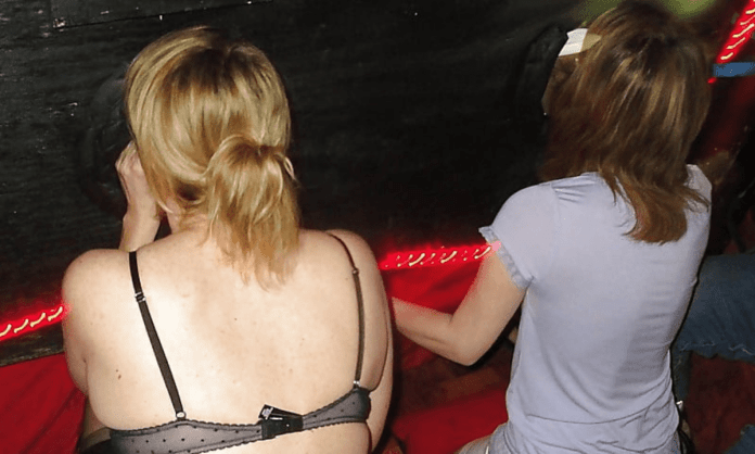 First Gloryhole Visit - Free 10-Step Field Guide