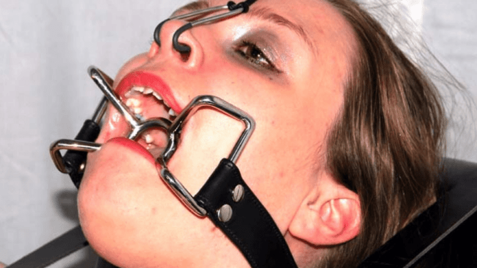 The mouth watering spider gag