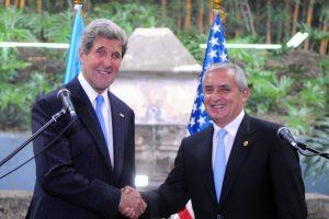 Secretary Kerry with Guatemalan President Otto Perez Molina in 2013. Photo credit: U.S. Department of State / Wikimedia (Public Domain)