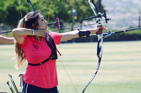 Kelly Yoo Hits Mark National Archery Tournament Golden Arrow