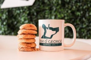 Orlando's 1st Dog Café Will Reopen in Curry Ford West