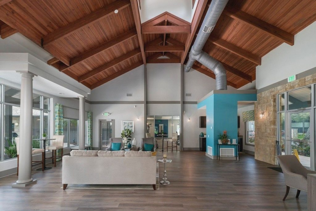 Venterra Realty Acquires The Retreat at Lakeland Apartments