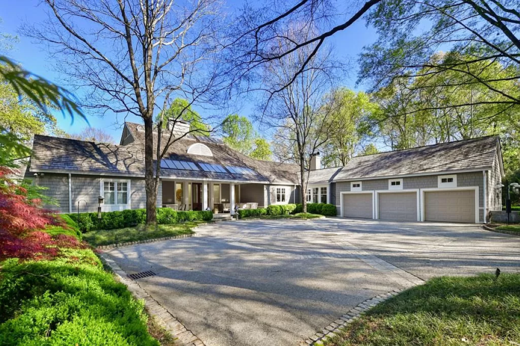 Live Among the Trees in Former CEO of Coca-Cola's Estate For $8.8 MM