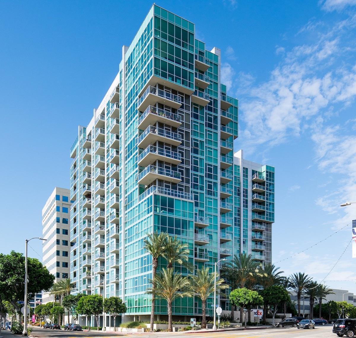 Waterton Acquires 318-Unit San Pedro Waterfront High-Rise - Photo