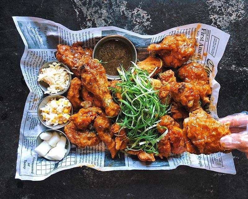 Pelicana Chicken Struts to Artesia