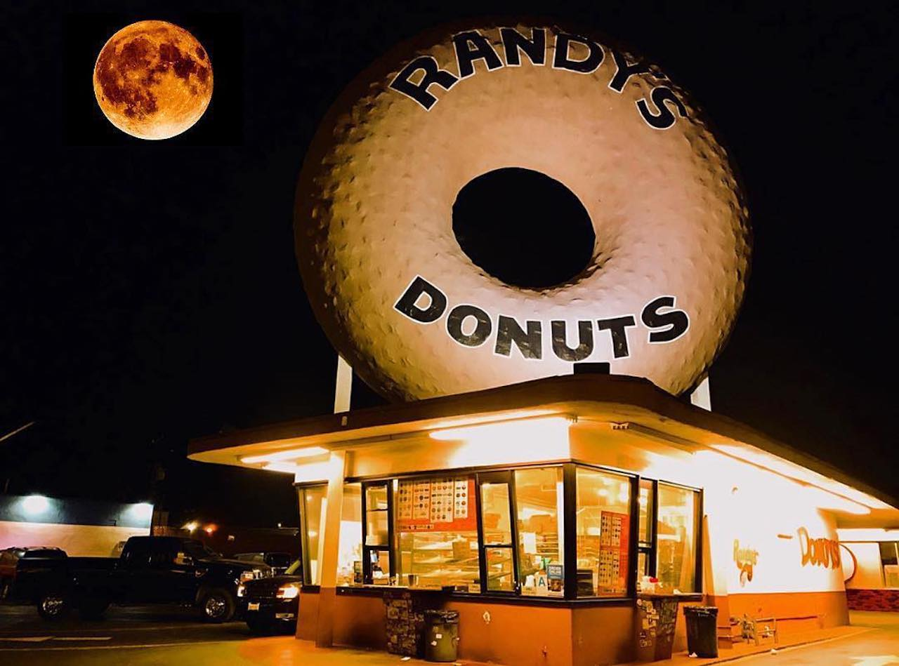 Planned Randy's Donuts Franchise Gets Potential Las Vegas Location