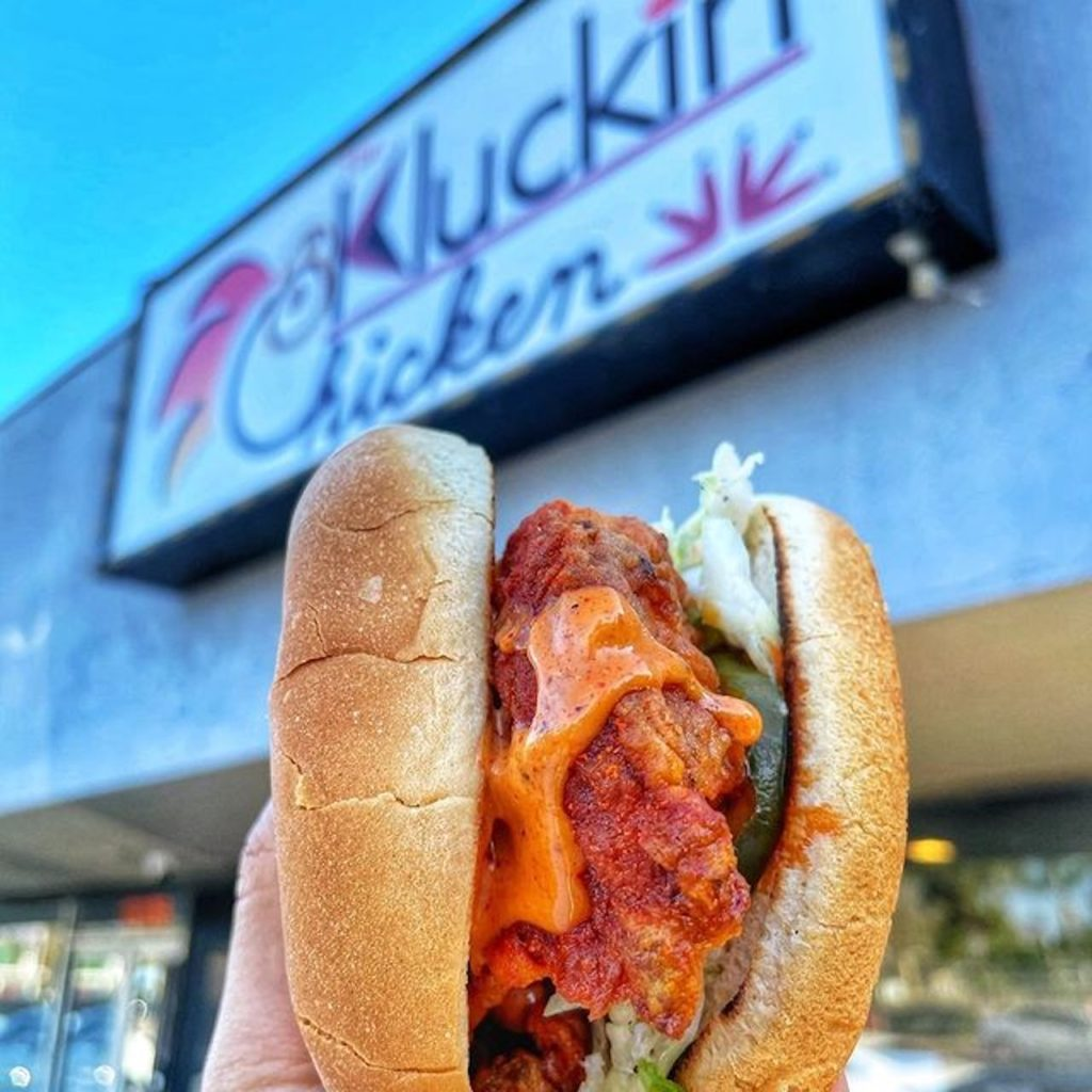 Nashville-Style Chicken Eatery The Kluckin Chicken To Expand To San Diego