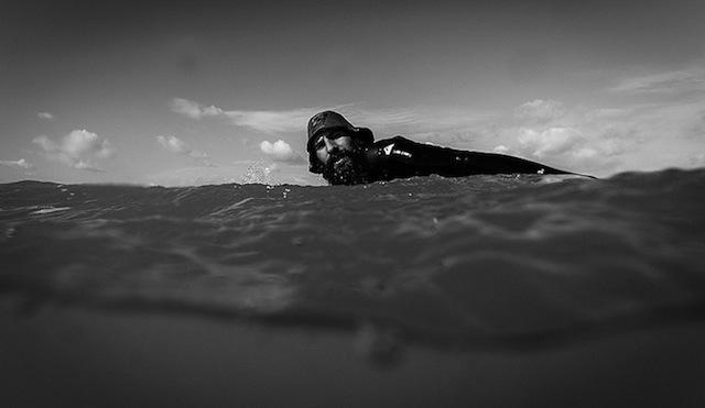 orthodox_jewish_surfer_13