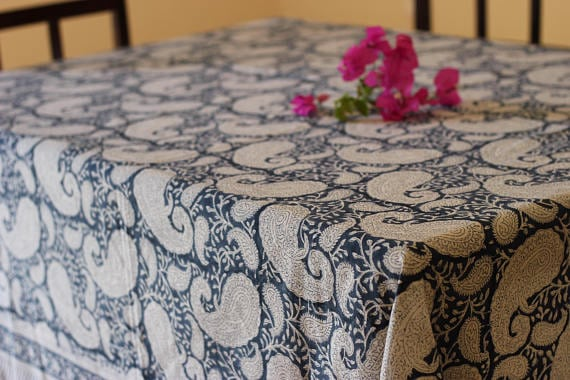 https://www.etsy.com/listing/559788328/table-cloth-block-printed-rectangle?ga_order=most_relevant&ga_search_type=all&ga_view_type=gallery&ga_search_query=tablecloth%20pattern&ref=sc_gallery_3&plkey=7288a62e5add00953e74f7d39a023a9ff0d03c03:559788328