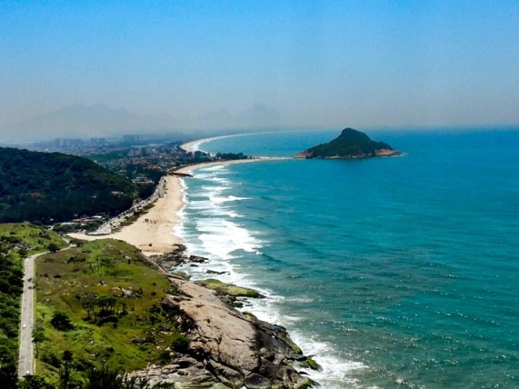 Praia do Pontal / Praia da Macumba