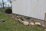 Neue Steine für den zukünftigen Steingarten.