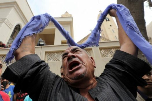 (PHOTO: REUTERS/MOHAMED ABD EL GHANY) A relative of one of the victims reacts after a church explosion killed at least 21 in Tanta, Egypt, April 9, 2017.