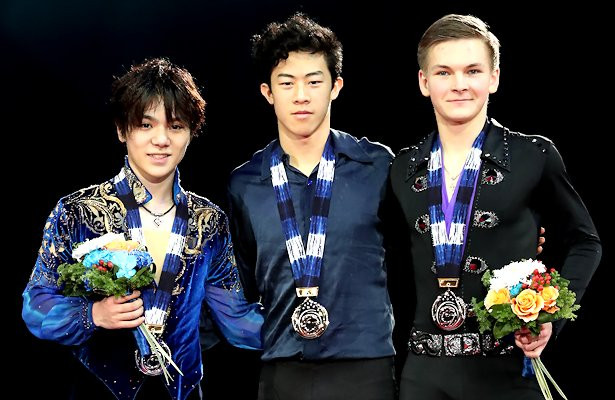 From Left to Right: Shoma Uno (JPN), Nathan Chen (USA), Mikhail Kolyada (RUS) © Robin Ritoss
