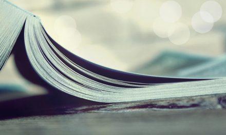 Blogging Books: 8 Essential Blogging Books Every Blogger Must Read