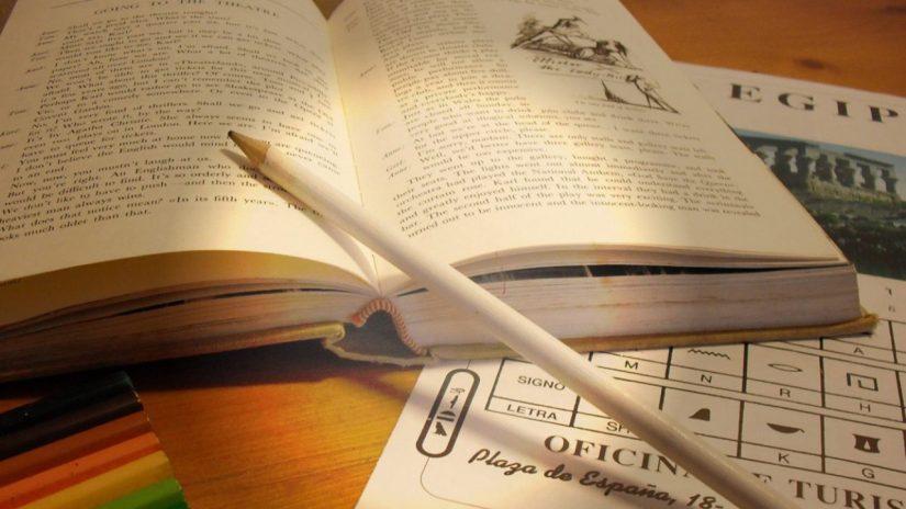 Reading strategies - take notes