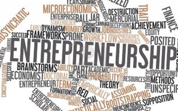 8 Essential Entrepreneur Books You Must Read