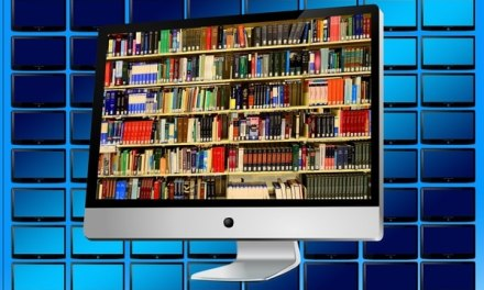 10 Benefits of Reading over Watching Television