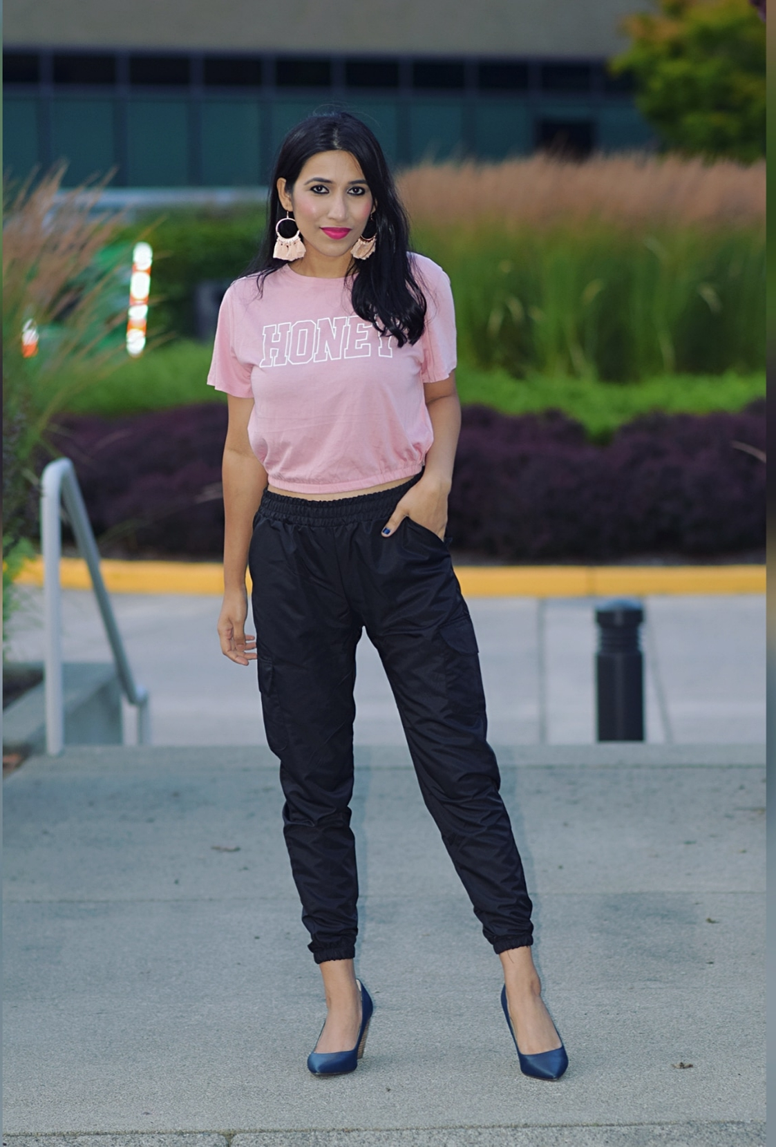 https://femmeluxefinery.com/products/black-cargo-trousers-mina