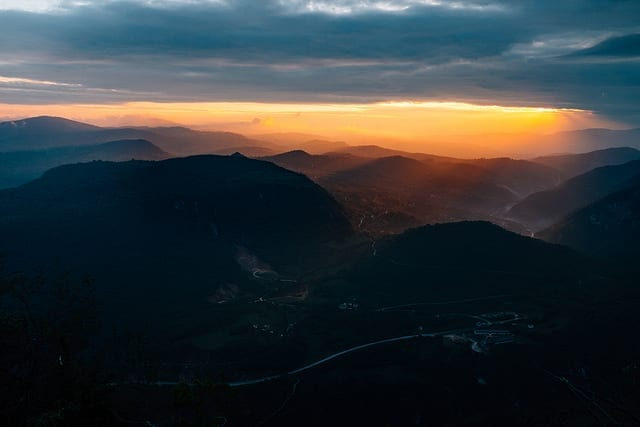 Sunrise over the Mountains - Driving in Bosnia