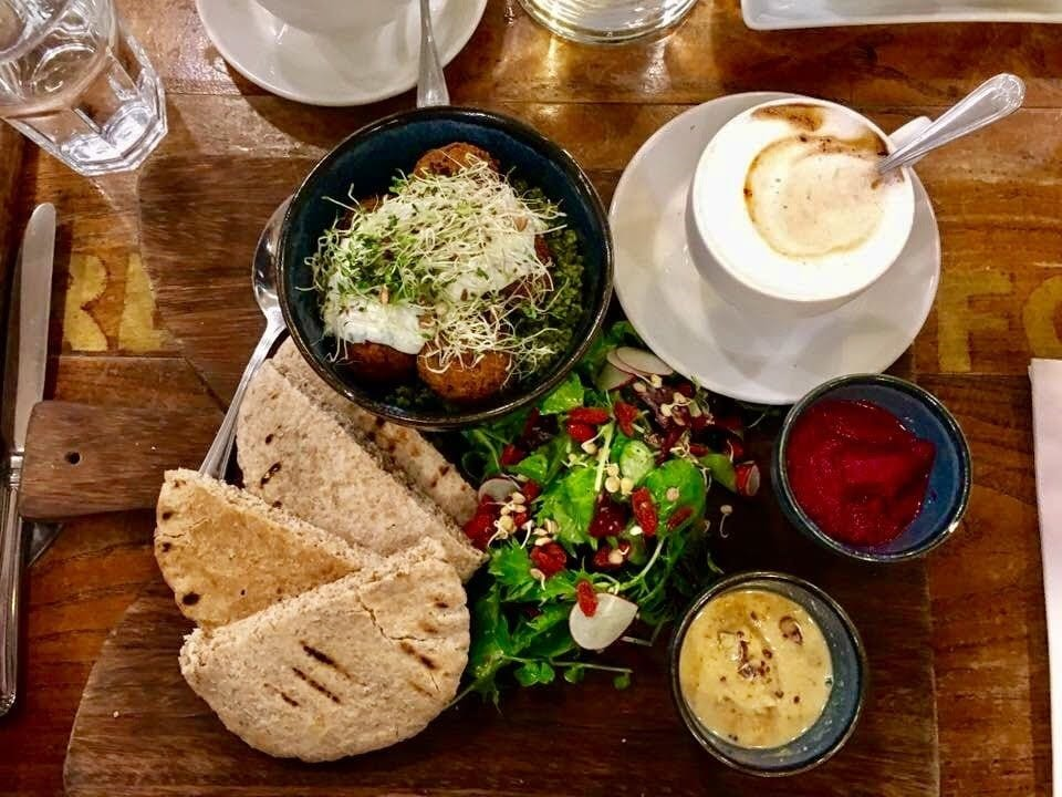 Relax in a Cafe in Dublin - Where to Eat in Dublin