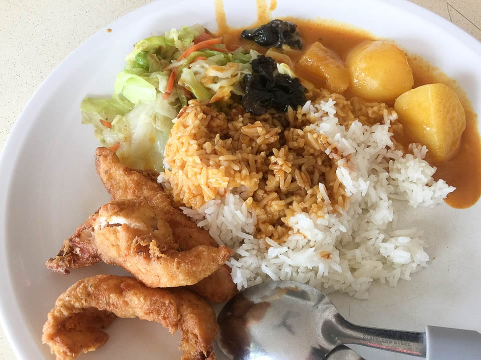Hawker Foods in Singapore - Mixed Rice