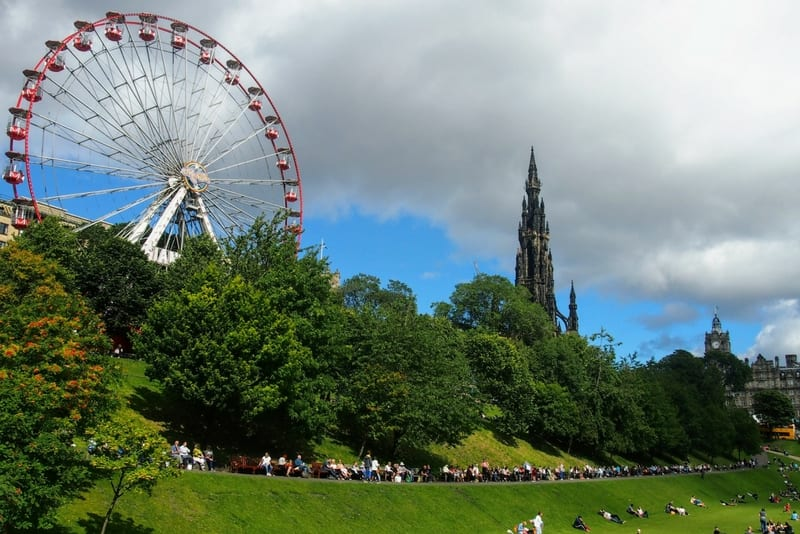 How Much Does It Cost? The Fringe Festival in Edinburgh