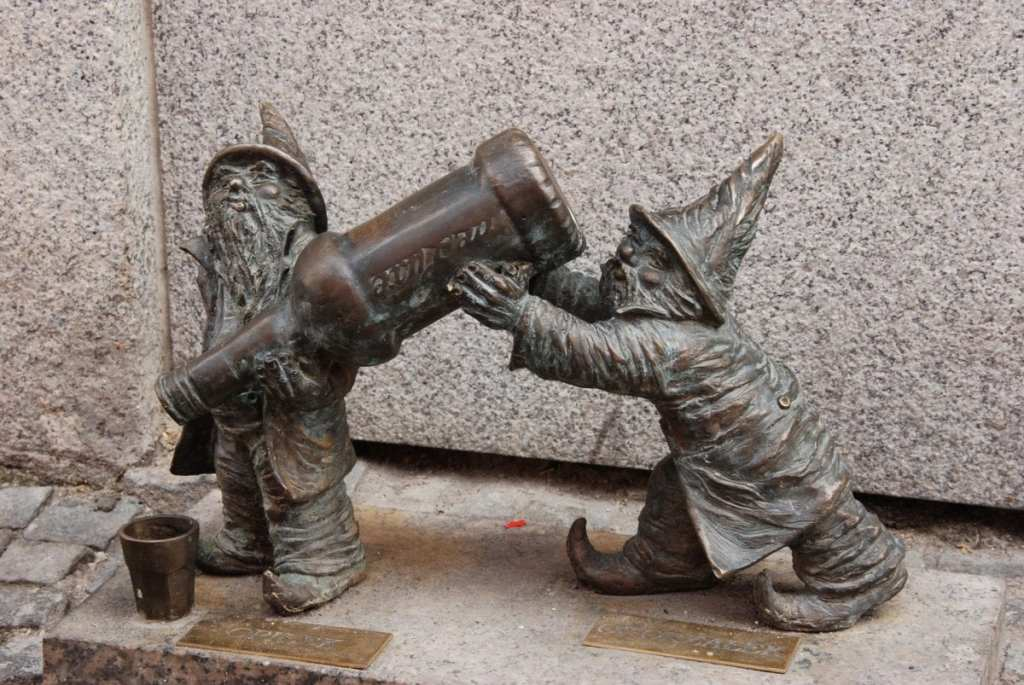 Dwarf Hunting in Wroclaw - Strange Reasons to Visit Poland