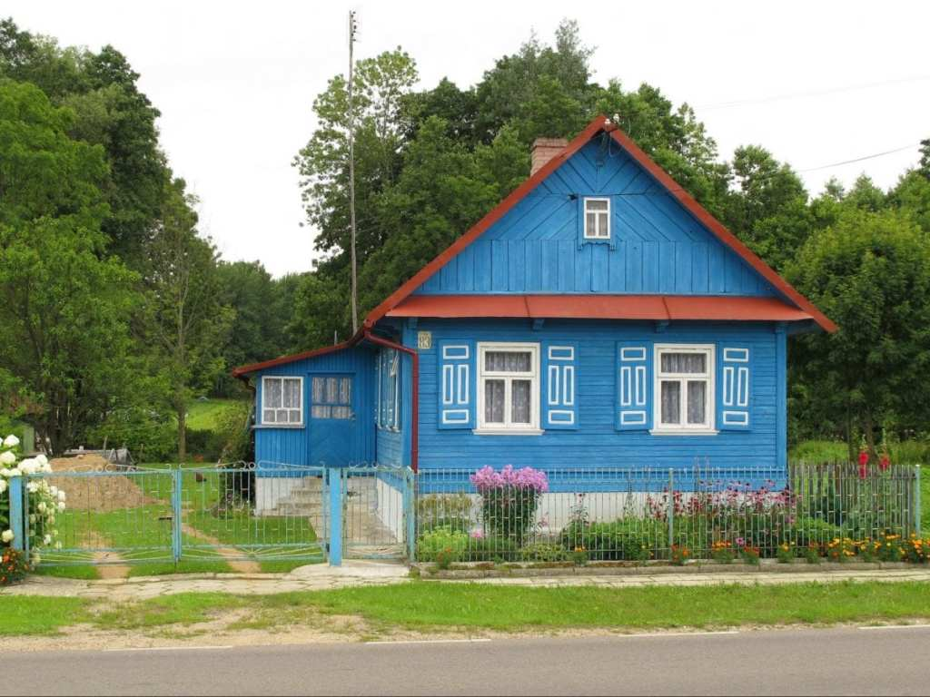 Wooden huts in Podlasie - Strange Reasons to Visit Poland