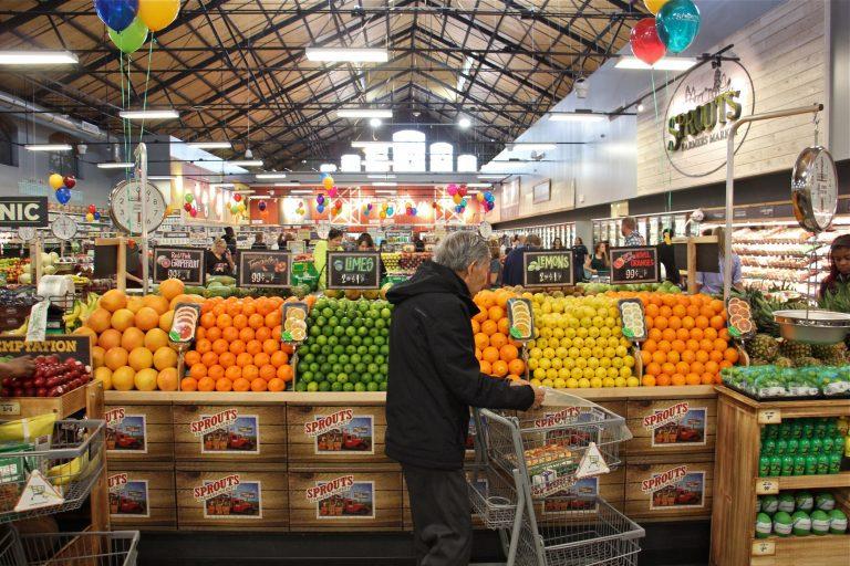 Broad Street Philadelphia Fresh Grocer