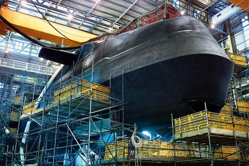 small resolution of the nuclear submarine that can remain underwater for 25 years