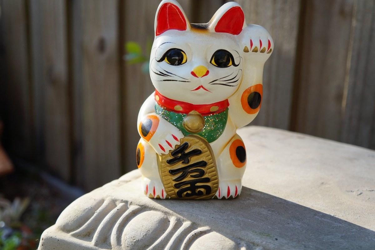 Maneki Neko, Kucing Pembawa Keberuntungan 2