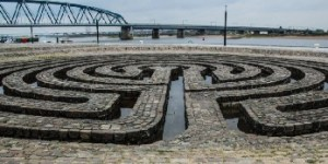 Labyrint aan de Waal in Nijmegen