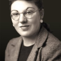 Honrando a Mujeres Espiritualmente Poderosas: Doreen Valiente