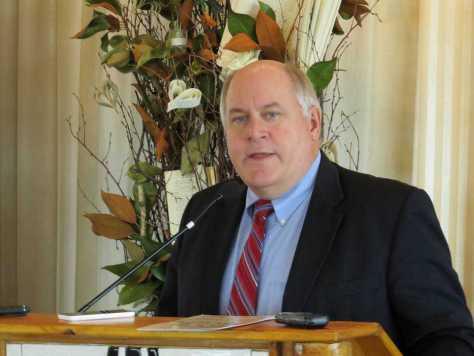 Kansas State Treasurer Ron Estes at Wichita Pachyderm Club.