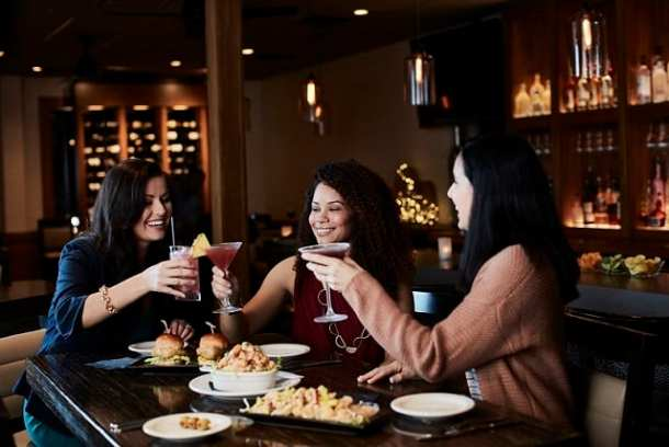 $5 martinis at Bonefish Grill for Galentine's Day!