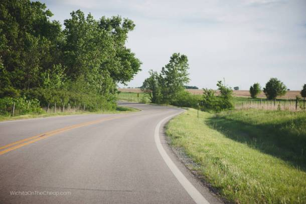 curve in the road on a Kansas highway